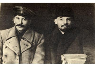 - Staline et la Révolution, par Gilles Questiaux
