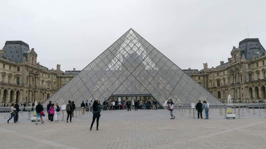 Vlog : Paris, Le Louvre et les VIXX