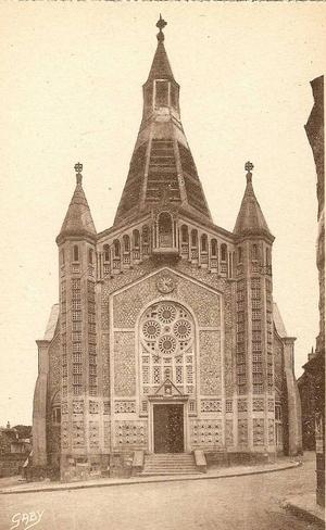 DOMFRONT Eglise St-JULIEN