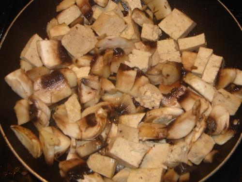 Tofu bourguignon végétalien