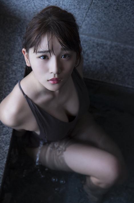 WEB Gravure : ( [WPB-net] - |Extra No.601| Nana Asakawa : 進化系18歳の冒険 )