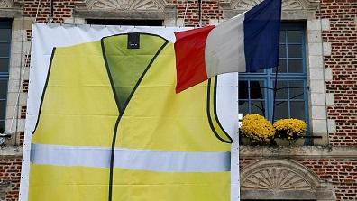 Nos gouvernements successifs ont rendu la France folle ...
