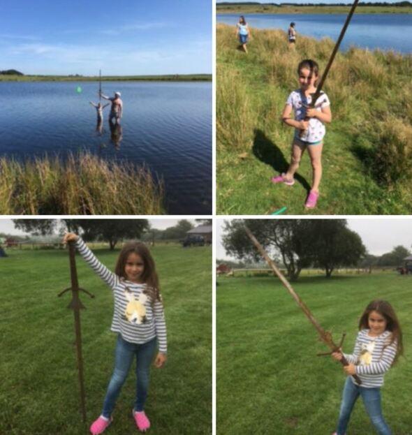 Une petite fille a-t-elle découvert la mythique épée Excalibur ?
