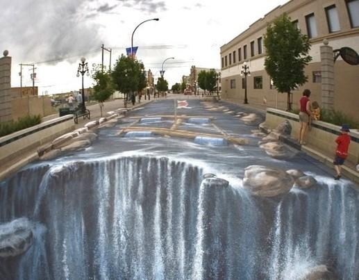 une rue entière redécorée façon torrent en cascade..