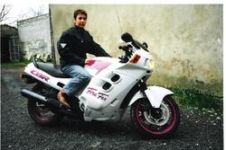 1.1 - Hélène moto