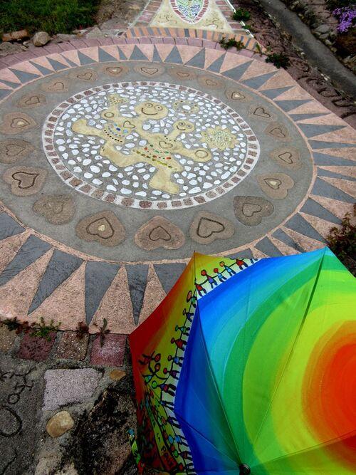 Parapluies au jardin des deux mille cœurs