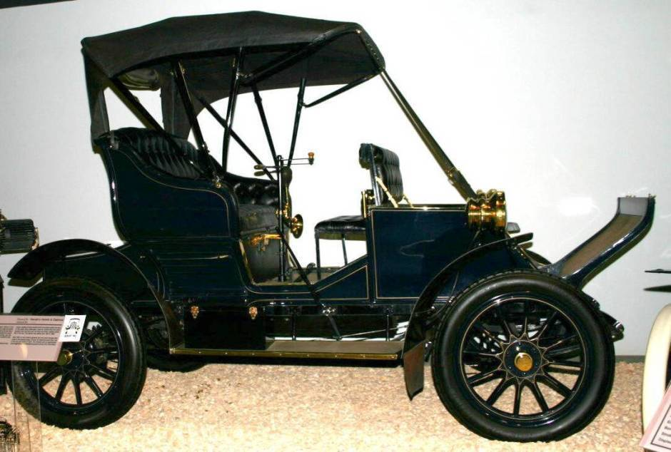 1906 Adams-Farwell Runabout - National Automobile Museum