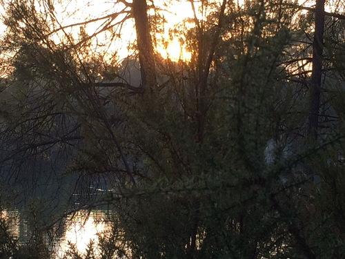 Couché de soleil et brume sur le lac Bleu