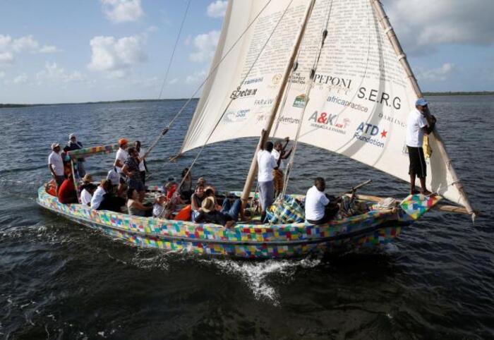 Kenya : un bateau construit grâce à des déchets plastiques