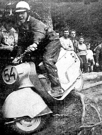 Le trial en scooter ? Pourquoi pas ! (2)