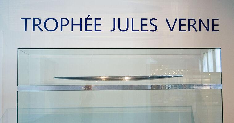 """Résultat de recherche d'images pour """"trophée Jules Verne image"""""""