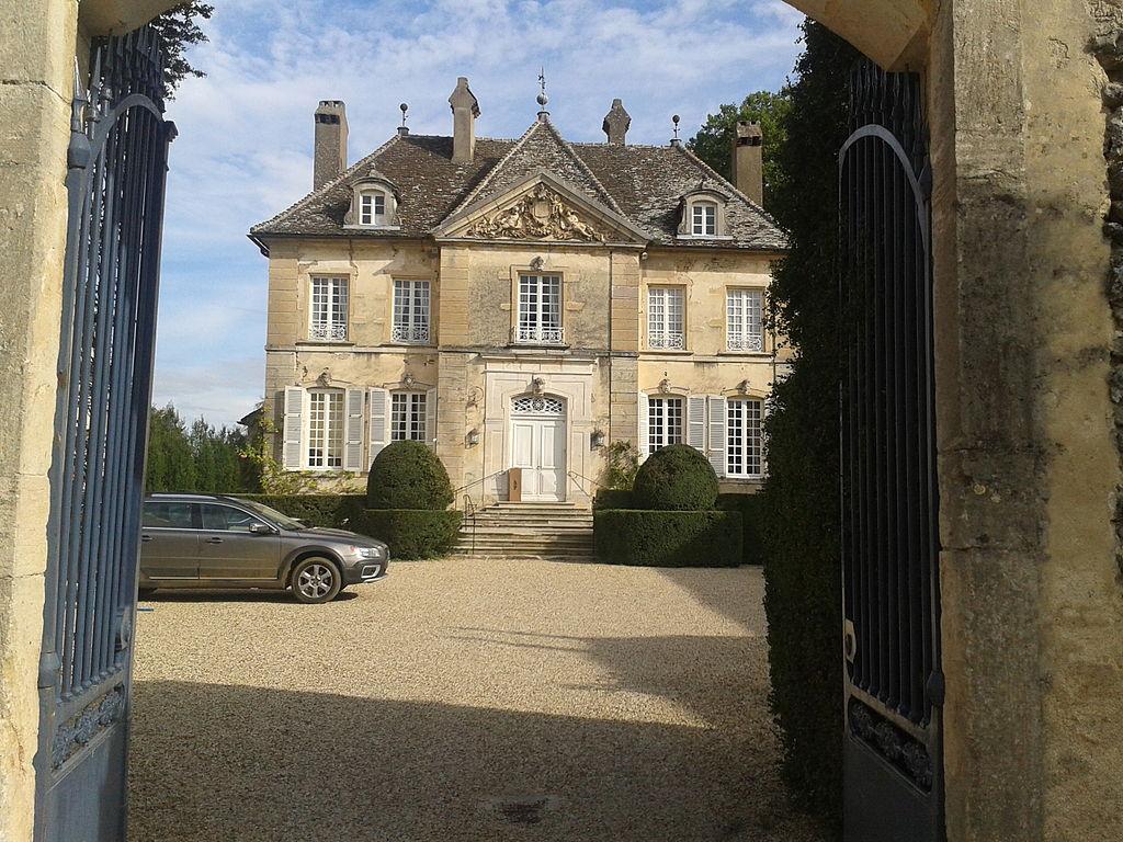 Manoir de Savigny-lès-Beaune 2012-09-30 17-18-02.jpg