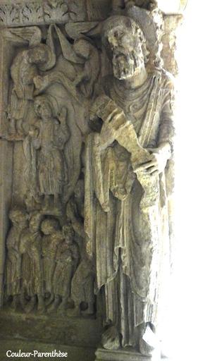 Le cloître et l'église Saint Trophime à Arles!