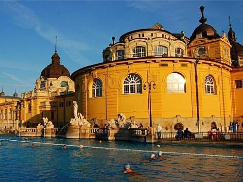 toussaint-pas-cher-hongrie-budapest-bains-thumb-940x705-251