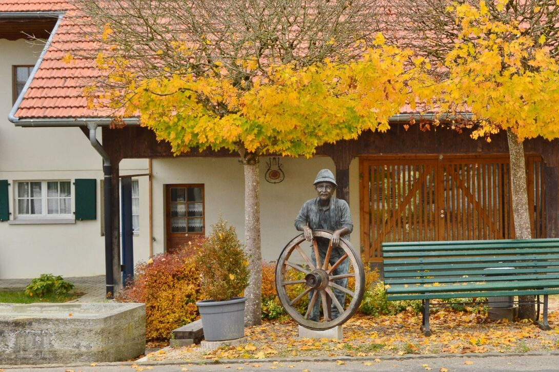 Cartes postales d'automne autour de Courtepin