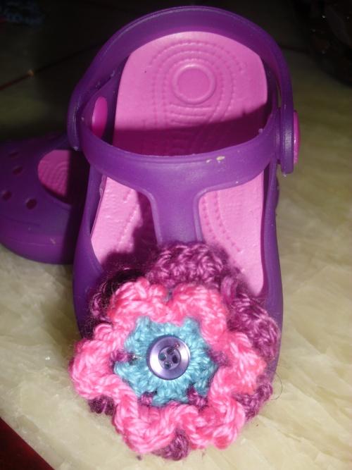 flower power la suite ( serre tete  et chaussure)