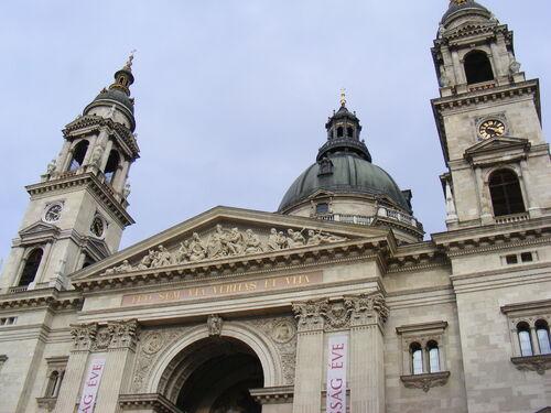 3ème jour : Compétition et visite du parlement et du centre ville