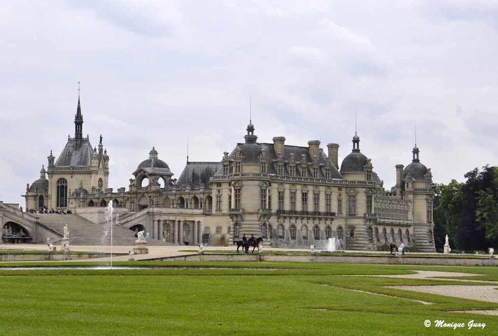 Chantilly vu de l'Est