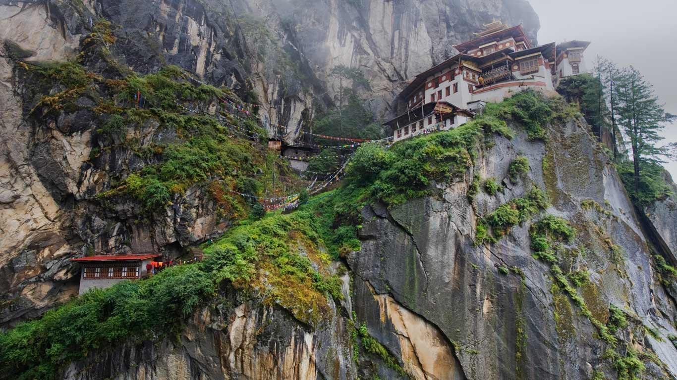 Le-monastere-Taktsang-et-la-taniere-du-tigre-7 Le monastère Taktsang et la tanière du tigre