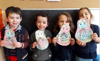 Loup fait voyager les élèves de maternelle autour du monde