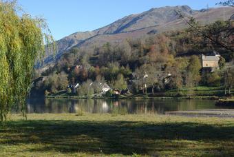 Berges du Lac Genos-Loudenvielle