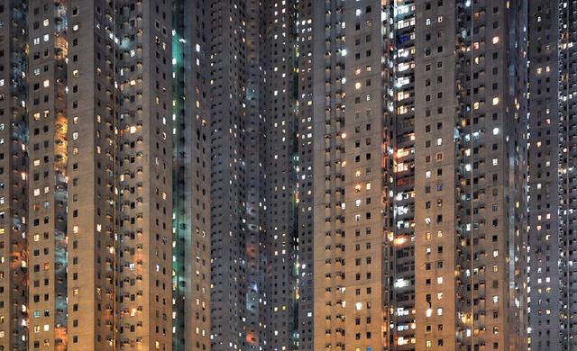 """""""Une ville finit par être une personne."""""""