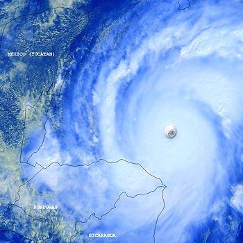 l'ouragan mitch, ici sur la photo, est imputable au phénomène el niño,