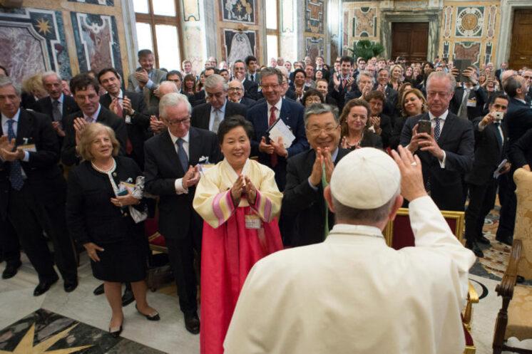 Centesimus Annus - Pro Pontefice, 13 mai 2016, L'Osservatore Romano