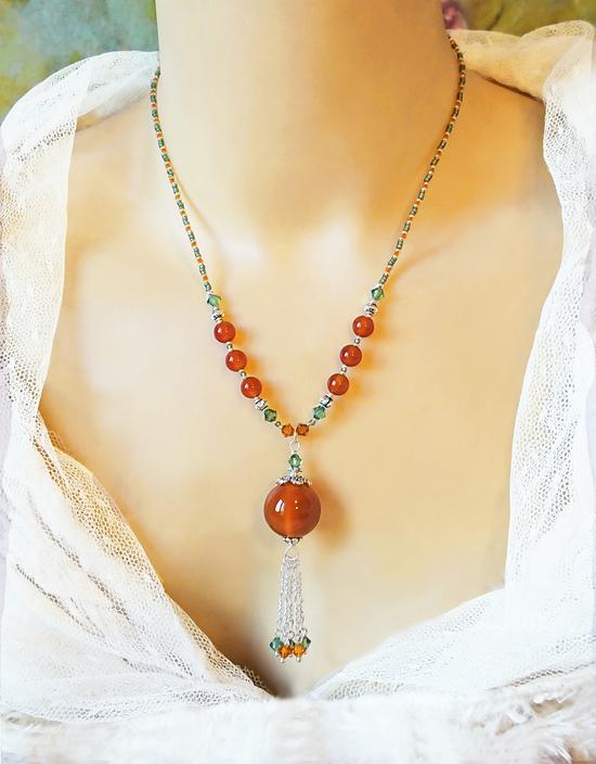 V2 - Collier pendentif orange vert Pierre de Cornaline et Cristal de Swarovski / Fermoir en T Toggle Argent 925