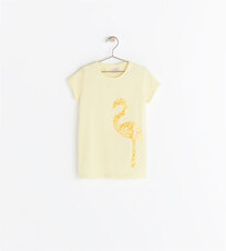 Image 1 de T-shirt avec appliques de Zara