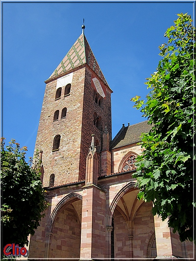 Wissembourg et l'abbaye Saint-Pierre-et-Saint-Paul.