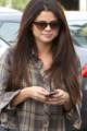 CANDIDS : Selena allant au restaurant de Sushi avec Samantha Droke