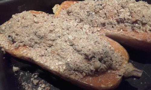 Calendrier de l'Avent #17 Butternut farcie au Quinoa et Fruits secs {Vegan}