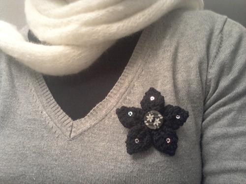 petite broche fleur