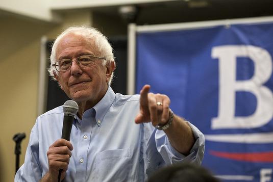 La « révolution » de Bernie Sanders plaît aux jeunes Arabes américains
