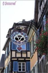 Enseigne dans le Vieux Colmar Haut-Rhin Alsace