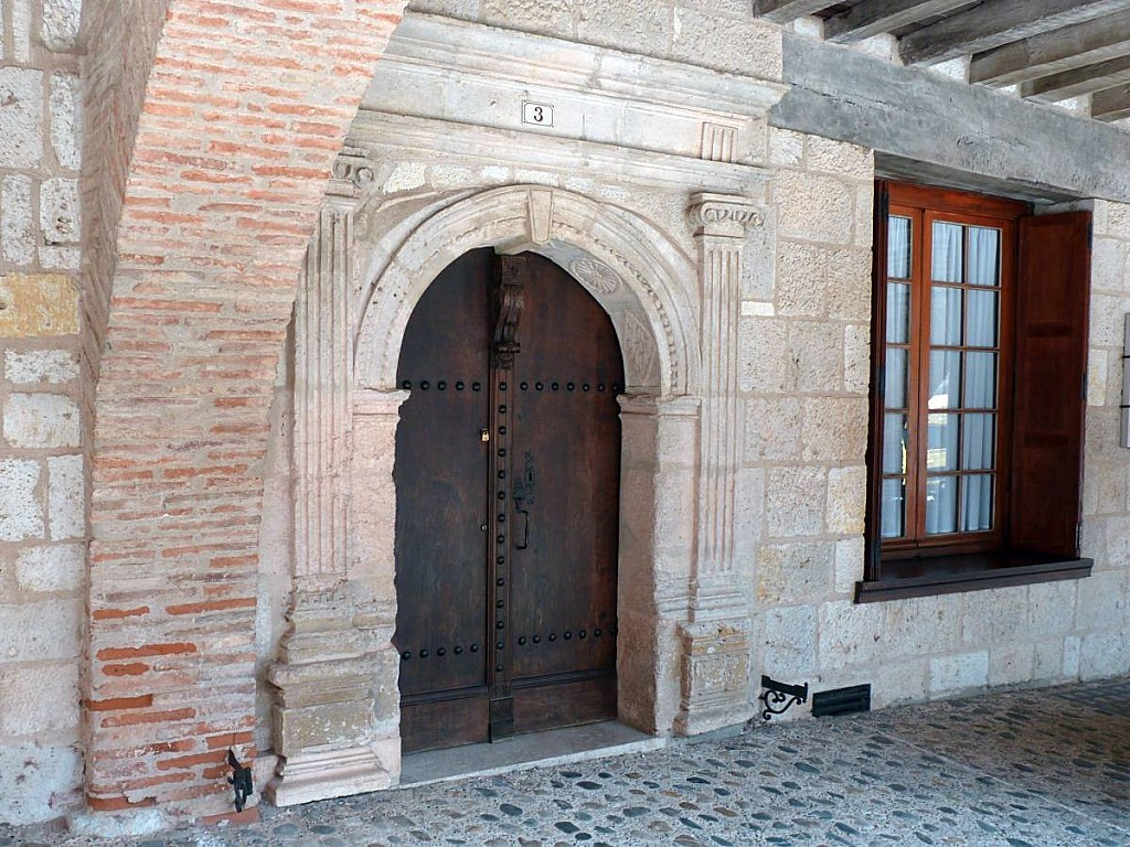 Auvillar-porte.jpg