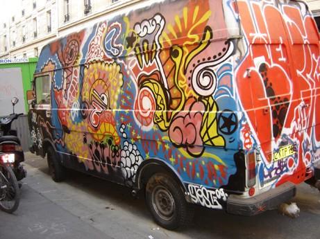 graffiti-camion-rue-des-boulets1