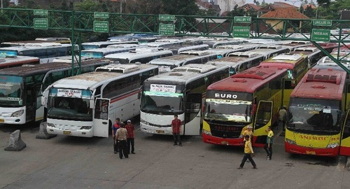 Tips Cara Memilih Bus Pariwisata yang Aman dan Nyaman untuk Liburan Anda