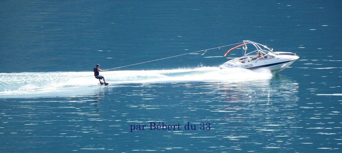 cliques sur la photo ... au lac de Serre-Ponçon