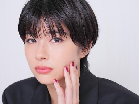 Models Collection : ( [HUSTLE PRESS] -  2019.07.04  Interview / Yui Sakuma/佐久間由衣 : PICK UP ACTRESS )