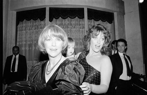 Les femmes de Knots Landing(photos en noir et blanc).