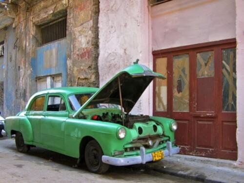 Cuba voiture américaine verte
