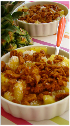 "CRUMBLE D'ANANAS AU SPÉCULOOS,""Weight Watchers"""