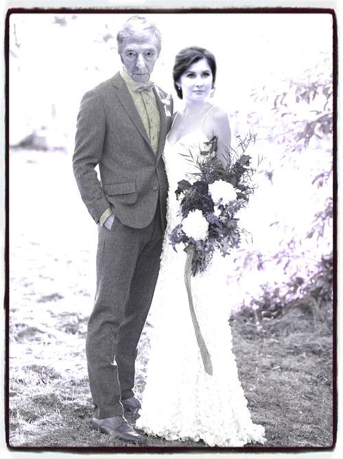Il découvre qu'il a épousé sa petite fille
