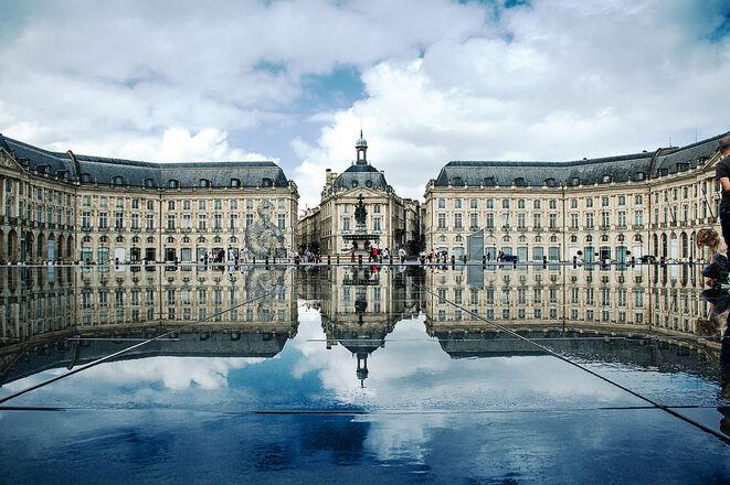 Place de la Bourse, Bordeaux, France.jpg
