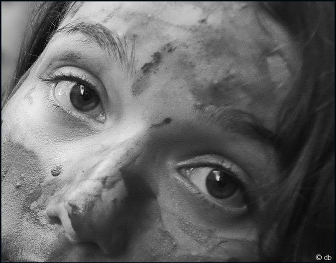 Dans les yeux de Laura