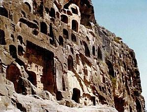 grottes-bouddhiques-longmen-chine-photos-vestiges-antiques