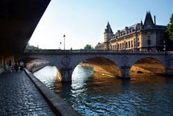 """"""""""" A PARIS : Les QUAIS de SEINE"""""""""""