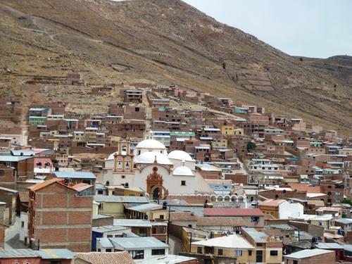 Direction Potosi la ville la plus haute du monde (4070m)